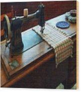 Sewing Machine And Pincushions Wood Print