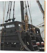 Ship 10 Wood Print