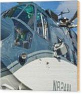 Sikorsky S-61n Wood Print by Lynda Dawson-Youngclaus