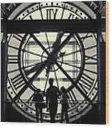 Silhouettes At Musee D'orsay Wood Print