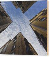 Skyward In Naples Italy - Spanish Quarters Take Three Wood Print