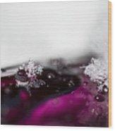 Snowflakes On Magenta Wood Print
