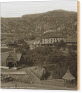 Soda Springs And Cliff House In Manitou, Colorado Wood Print