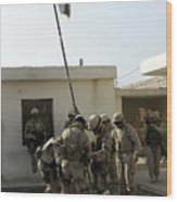 Soldiers From The Iraqi Special Forces Wood Print