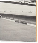 Southport Fc - Haig Avenue - Scarisbrick End 2 - Bw - Early 60s Wood Print