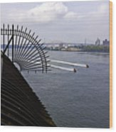 Speed Boats On The East River Wood Print
