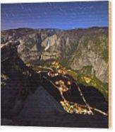 Star Trails At Yosemite Valley Wood Print