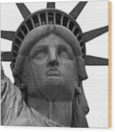 Statue Of Liberty B/w Wood Print by Lorena Mahoney