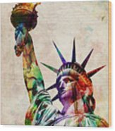 Statue Of Liberty Wood Print by Michael Tompsett