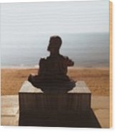 Statue On The Beach Wood Print