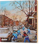 Street Hockey On Jeanne Mance Wood Print