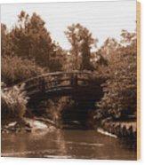 Stroll Garden Bridge Wood Print