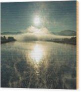 Sun O'er Missouri River Wood Print
