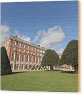 Sunny Day At Hampton Court Palace London Uk Wood Print