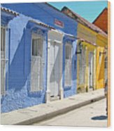 Sunny Street With Colored Houses - Cartagena-colombia Wood Print