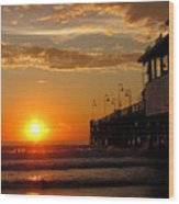 Sunrise At Daytona Beach Pier  004 Wood Print