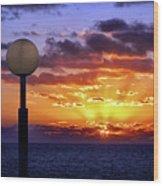 Sunrise At Sea Off The Delmarva Coast Wood Print