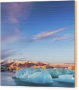Sunrise At The Iceberg Lagoon Wood Print
