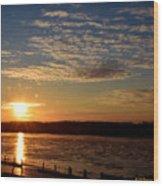 Sunrise On The Mississippi Wood Print