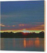 Sunrise Over Ile-bizard - Quebec Wood Print