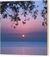 Sunrise Over Sea Wood Print