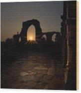 Sunset At Qutab Minar Wood Print