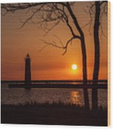 Sunset At The Lighthouse In Muskegon Michigan Wood Print