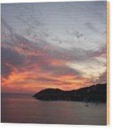 Sunset At Zihautanejo Wood Print