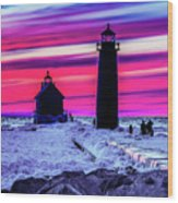 Sunset In Winter At Grand Haven Lighthouse Wood Print