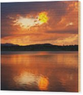 Sunset With A Golden Nugget Wood Print