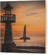 Sunsets And Sailboats Wood Print