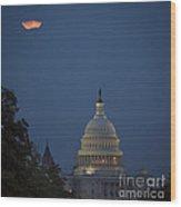 Supermoon Over Washington, Dc Wood Print