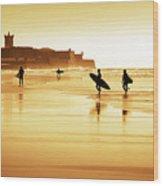 Surfers Silhouettes Wood Print by Carlos Caetano