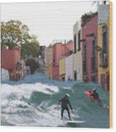 Surfing Quebrada Wood Print