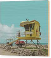 T7 Lifeguard Station Kapukaulua Beach Paia Maui Hawaii Wood Print