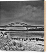 Tacony Palmyra Bridge In B And W Wood Print