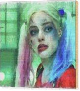 Talking To Harley Quinn - Aquarell Style Wood Print