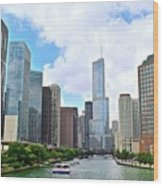 Tall Towers In Chicago Wood Print