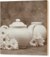 Teapot With Daisies I Wood Print