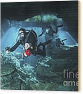 Technical Divers Enter The Cavern Wood Print by Karen Doody