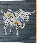 Texas Longhorn Vintage License Plate Art On Blue Gray Barn Wood Wood Print