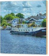 Thames Tug Boat Wood Print