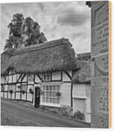 Thatched Cottages Of Hampshire 13 Wood Print