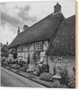 Thatched Cottages Of Hampshire 22 Wood Print