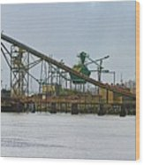 The Barge Waits At Aberdeen Wood Print