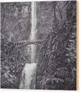 The Bridge At Multnomah Falls In Black And White Wood Print