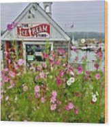 The Ice Cream Store On Bearskin Neck Wood Print