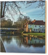 The Kennet And Avon Canal At Sulhamstead Wood Print