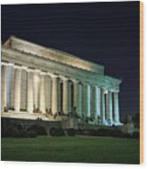 The Lincoln Memorial At Night Wood Print