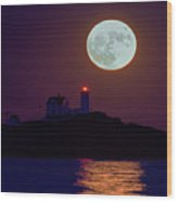 The Nubble And The Full Moon Wood Print